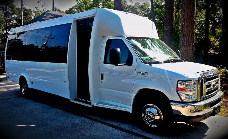 Knoxville 22 Passenger Party Bus