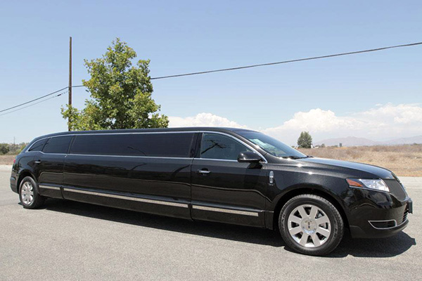 Knoxville 8 Passenger Limo